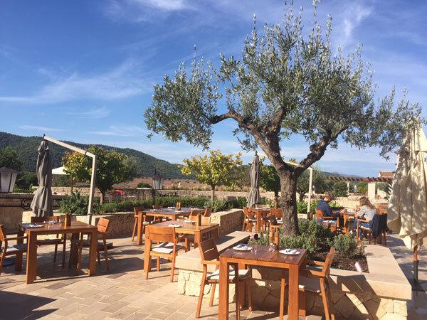 Balearic Restaurant Terrasse im Park Hyatt Mallorca