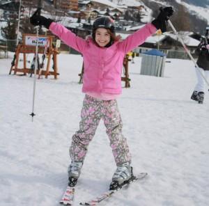 Mädchen im Skiurlaub, Saalbach Hinterglemm