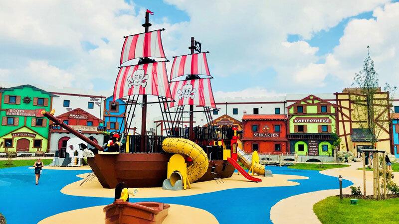 LEGOLAND-Deutschland-Pirateninsel-Hotel-mit Schiff © Foto: Andrea Fischer, Trips4Kids.de