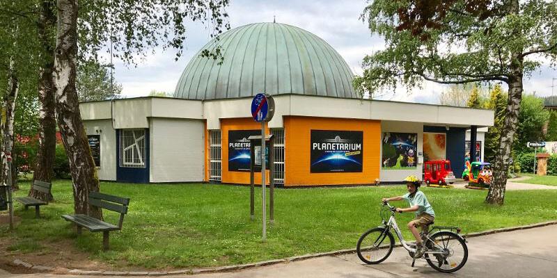 Planetarium-Klagenfurt-Eing