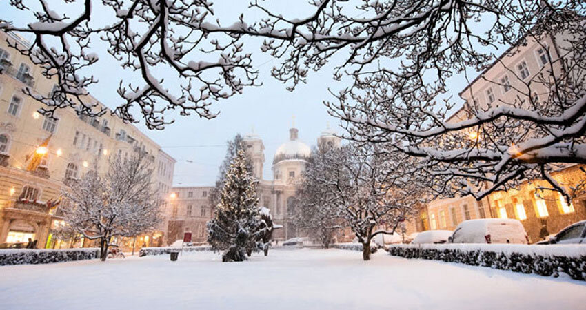 Salzburg Makartplatz im Winter