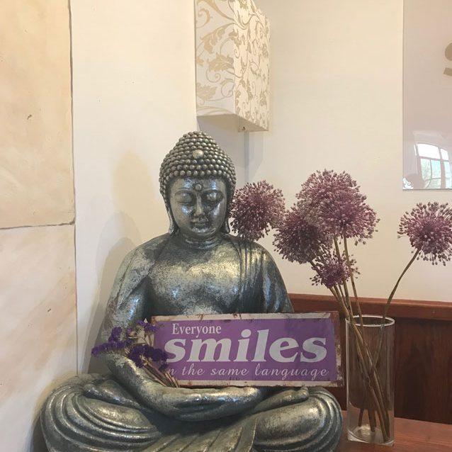 Son Manera Budda Stilleben
