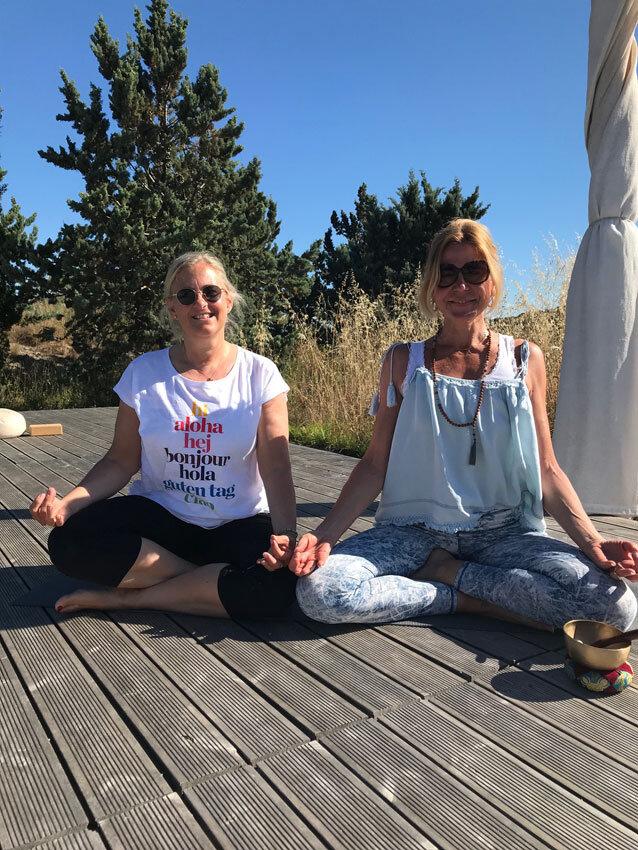 Sandra & Maybritt im Yoga Retreat auf Son Manera