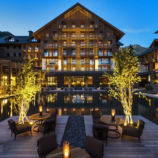 The_Chedi_Andermatt-The-Courdyard Foto: Orascom Hotel Management