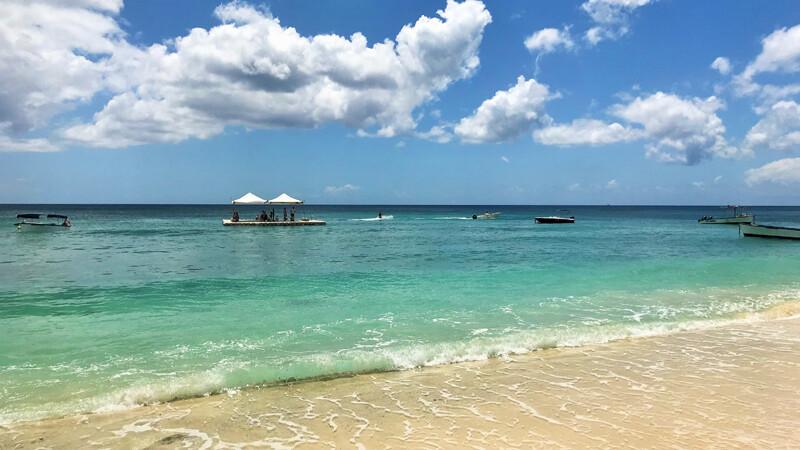 Victoria Beachcomber Resort & Spa Wasserski-Platform © Foto: Andrea Fischer