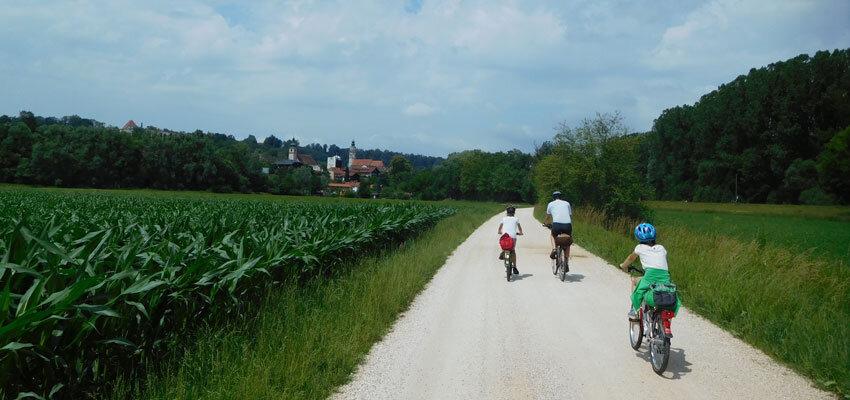 Radtour vor Burghausen in Bayern