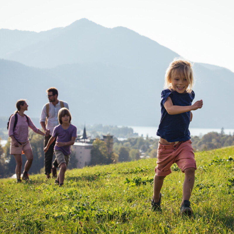 Wandern-mit-Familie-bei-Strobl-am-Wolfgangsee Fotograf: Sebastian Stiphout